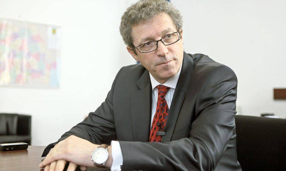 Prof. univ. dr. Adrian Streinu Cercel: Un pacient infectat cu HIV poate duce o viață normală dacă respectă medicația