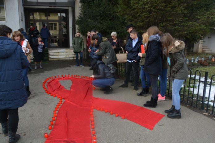 Ziua Mondială de Luptă Împotriva HIV/SIDA, celebrată pe 1 Decembrie, va fi marcată şi în judeţul Suceava