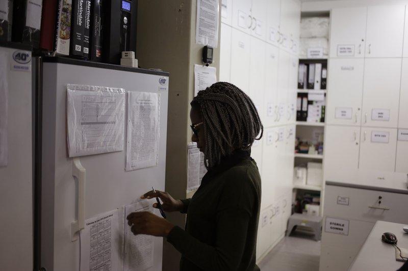 Studiu oprit pentru un vaccin anti-HIV testat în Africa de Sud