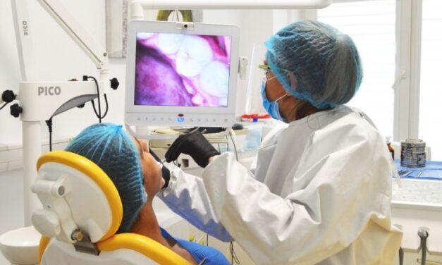 Cabinetul stomatologic al Fundației Baylor Marea Neagră oferă soluții medicale gratuite persoanelor cu HIV/SIDA