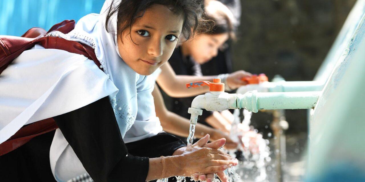 Raport UNICEF: 320.000 de copii și adolescenți infectați cu HIV în 2019, unu la fiecare 100 de secunde