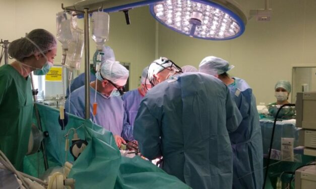 Franța a autorizat donarea de organe între purtătorii HIV