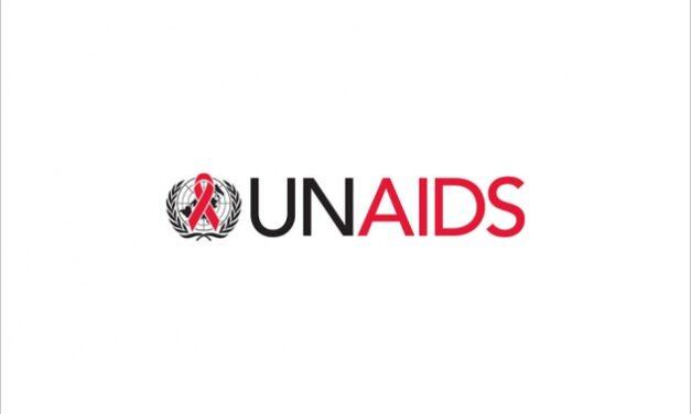 Un nou raport UNAIDS privind accesul la servicii de prevenție și tratament pentru copiii cu HIV